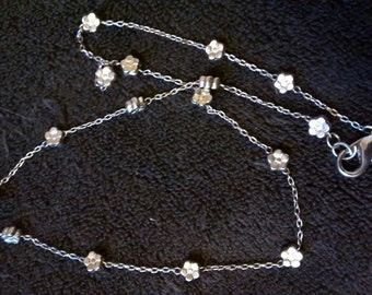 Silver Tone Dainty Rose Linked Chain Necklace