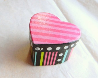 Heart Shaped Miniature Gift Box; modern black and pink striped gift box; valentines day box; treasure box; keepsake box