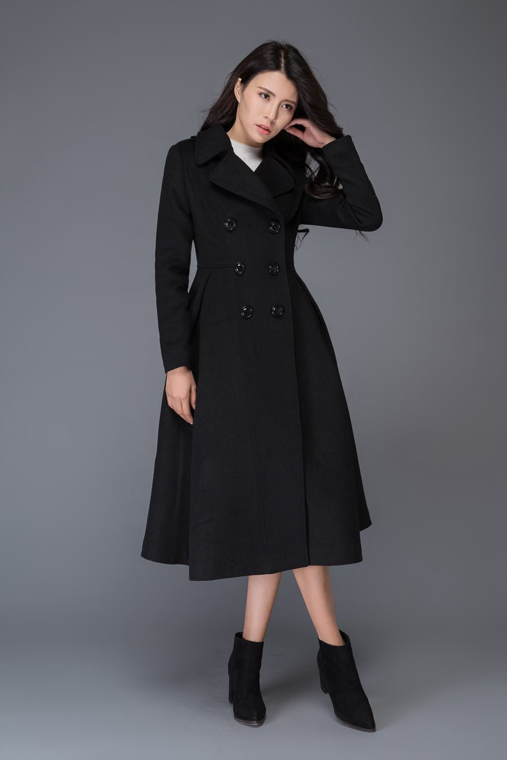 Shop the latest styles of Womens Long Black Coats at Macys. Check out our designer collection of chic coats including peacoats, trench coats, puffer coats and more! Macy's Presents: The Edit- A curated mix of fashion and inspiration Check It Out. Womens Winter Coats;.