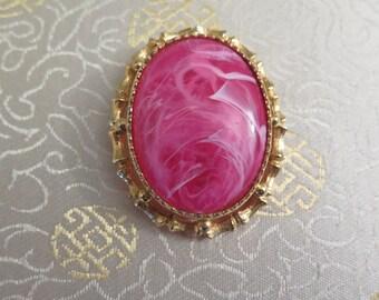 Vintage Pink Brooch - Vintage Pink and Gold Brooch - Vintage Oval Brooch - Marbelled Pink Brooch - Brooch Pendant - Vintage Pink and White