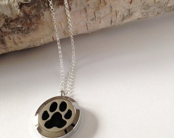 Aromatherapy necklace,Essential oil necklace,Essential oil diffuser,Essential oil,Locket necklace,Essential oil locket,Silver Locket,Dog paw