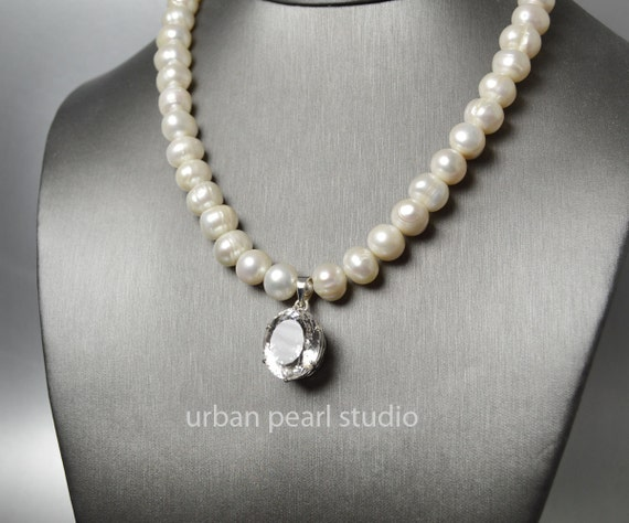 Baroque Pearl Necklace With Quartz Crystal Pendant, Pearl and Crystal Necklace, Bridal Necklace, Statement Pearl Necklace