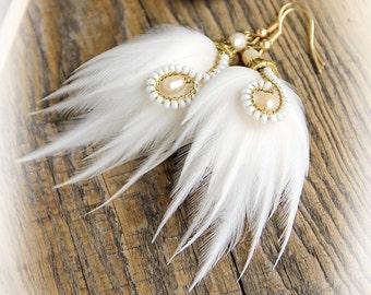 "White Feather Earrings ""Wedding Trend"" - Wedding Feather Earrings Small Earrings White Feather Earrings Small White Bridal Earrings"