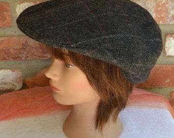 Men's Driving Cap- Wool, Gray White Tweed, Champagne Lining - Vintage - Fabulous!