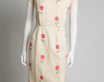 ORIGINAL VINTAGE 1950s 60s Cream Wool Dress with Pink Embroidered Flowers. Wiggle dress.