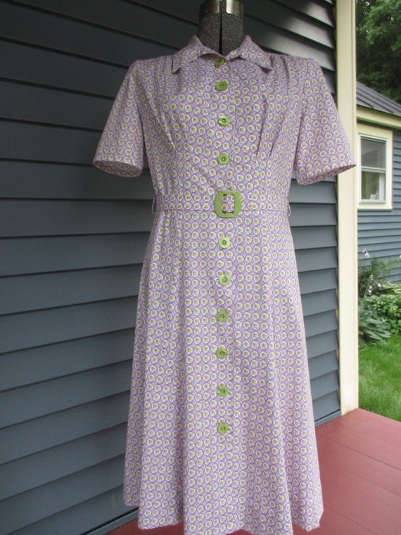 1940s Style Dresses and Clothing 1940s Reproduction Cotton Dress - Purple and White 1930s 1940s Print WWII Ready-Made $170.00 AT vintagedancer.com