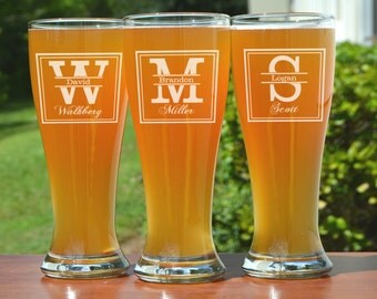 Groomsmen Beer Mugs, 1 Personalized Groomsmen Beer Glass, Custom Engraved Pilsner Glass, Groomsmen Glasses, Groomsman Gifts
