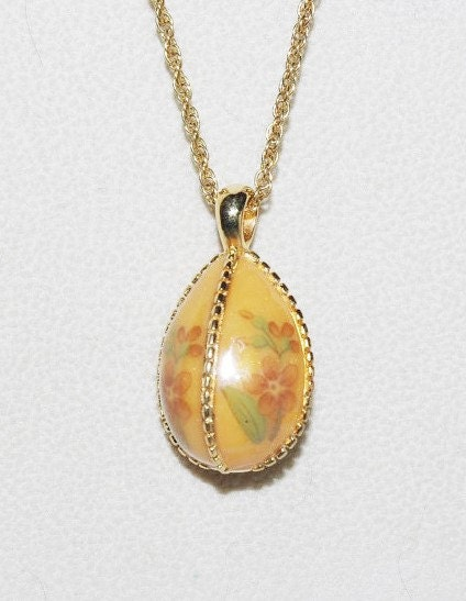 Joan rivers egg necklace orange with flowers s1812 for Joan rivers jewelry necklaces