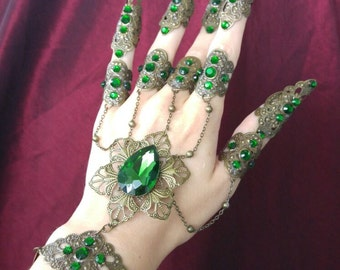 Emerald Hand Flower Chain Bracelet