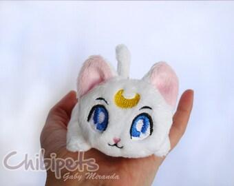 Chibi doll Artemis