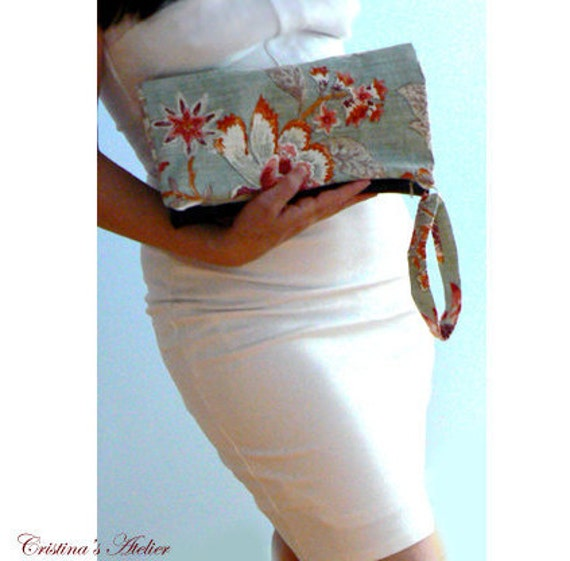 Red flowers foldover clutch- Women boho mint red bag- Brown faux leather evening clutch- Trendy handbag- Women red print bag