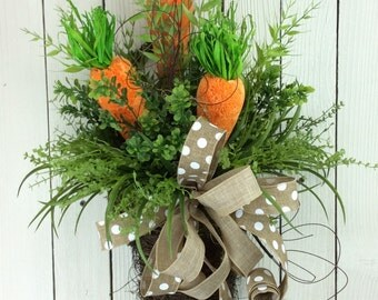 Easter Door Basket, Carrot Wreath, Easter Wreath, Easter Door Hanger, Carrots in Basket, Easter door Basket with carrots, Carrot door hanger