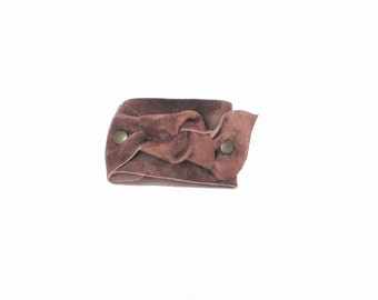 Knot suede brown bracelet