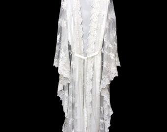 Lace kaftan, lace kimono robe, brides robe, lace beach kaftan, lace robe, wedding kimono robe, lined lace robe, getting ready kimono