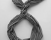 Byrd Band- Bendable Wire Headband- Black and White Stripes