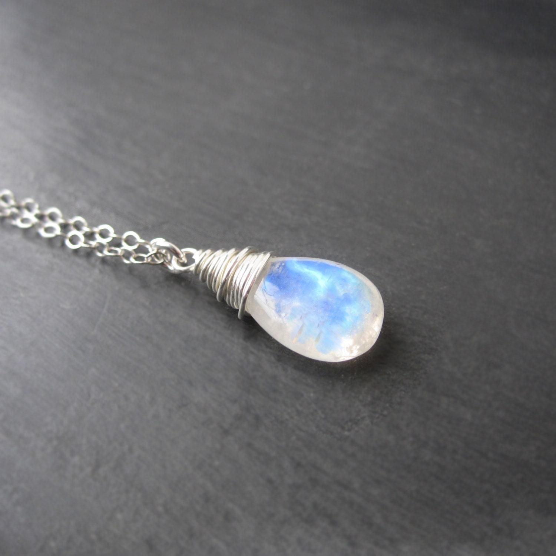 Moonstone Necklaces: Moonstone Necklace Moonstone Jewelry Rainbow Moonstone
