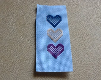 Embroidery Bookmark, Book Lover Gift, Cross Stitch Bookmark, Heart Bookmark, Book Love Hearts,  Heart Page Marker, Embroidered Hearts