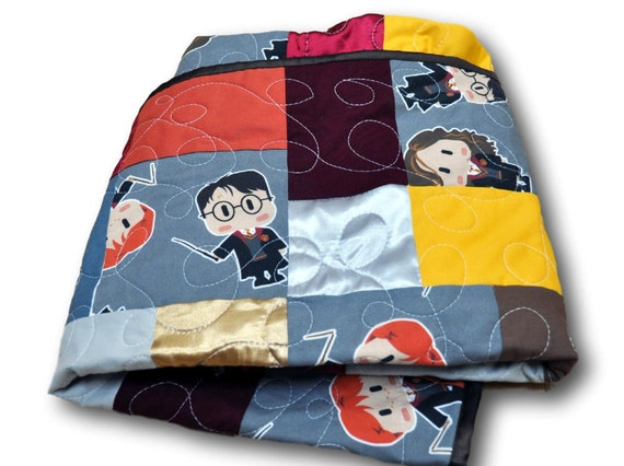 Harry potter baby quilt harry potter baby by outofcharacterquilts - Harry potter crib set ...