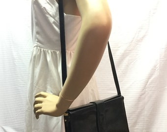 Free Ship Bugatti Italian Leather Purse Black Shoulder Bag