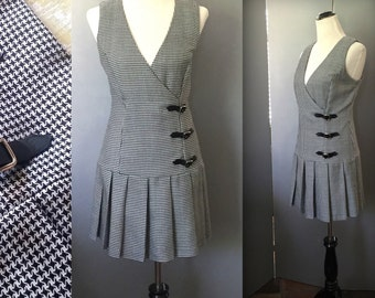 60s Mod HOUNDSTOOTH Jumper - Black & White - Fall and Winter Charmer - Size Medium / Large - BYER TOO California