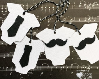 Little Man baby shower Gift Tags in black and white. Mustache and tie - Baby-romper or Onepiece shape. Baby boy gender reveal.