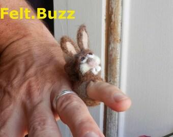 Needle-felted Bunny Rabbit Ring (FeltBuzz TeenyWeeniePet)