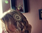 Large Flower Chic Design Button Hair Clip