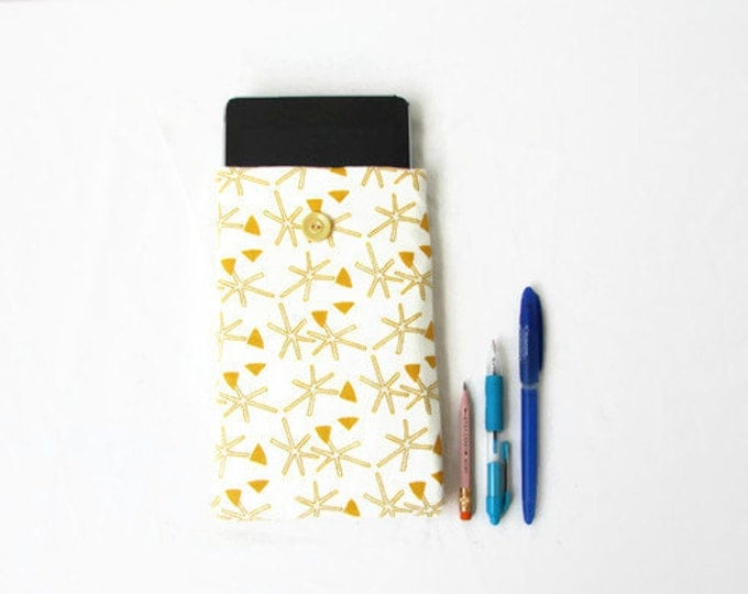 Fabric tablet sleeve, 7 inch tablet cover, handmade in the UK