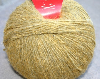 FEZA MONARCH YARN - a Luxury Merino Wool Blend with a subtle sparkle