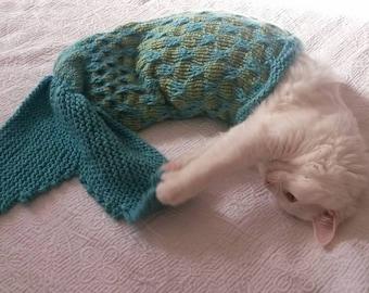 Mermaid Blanket Knitting Instructions – Pet Photo Prop - Cat mermaid blanket - Dog mermaid blanket - Pet mermaid blanket