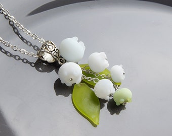 May lily lampwork pendant, Lily of the valley pendant, floral spring pendant, white green necklace, lampwork necklace, blossom necklace