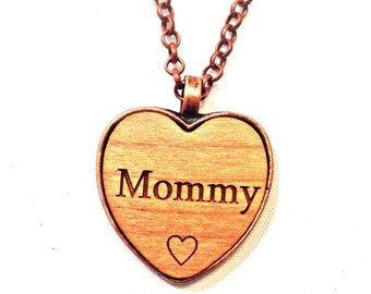 MOMMY wooden heart NeCKLaCE pendant MOMMY's jewelry necklace MOMMY keychain wood name handmade engraved wooden personalized custom charm
