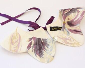 Detachable peter pan collar. Laura Ashley print collar. Floral peter pan collar. Floral print peter pan collar. Detachable collar.