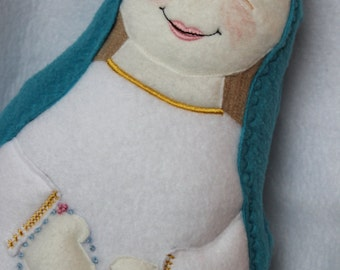 Blessed Mother Soft Saint Dolls, Catholic Saint Doll, Virgin Mary Doll, Our Lady of the Rosary, Perfect for little ones to Snuggle.