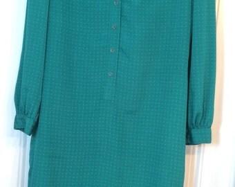 70s Green Silky Shirt Dress - Self Tie Belt, Knee Length, Elegant Sz M L 8 10. Shrader Sport New York