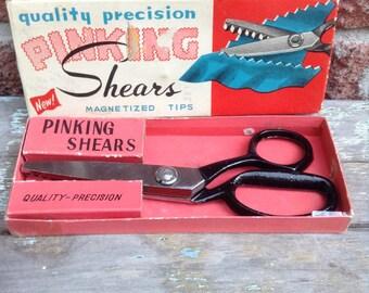 Shears, Scissors, Pinking Shears, Sewing Scissors, Vintage Sewing Accessoiries, Scrapbooking Scissors,