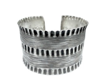 Sterling Silver Wide Cuff Bracelet, Boho Cuff Bracelet,Wide Tribal Cuff Bracelet,Gypsy silver cuff, Statement cuff,Oxidized Silver, Handmade