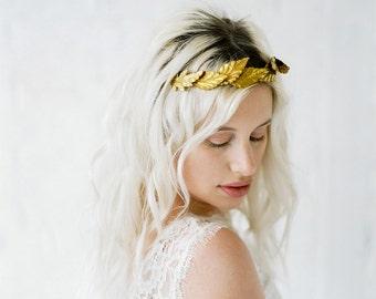 Ayla Crown