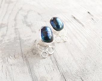 Pearl stud earrings. Freshwater pearls sterling silver stud earrings.