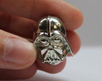 Star Wars Darth Vader pin
