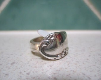 Vintage Spoon Ring - Size 7/
