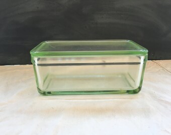 Vaseline Glass Refrigerator Box - Vintage Container with Lid - Uranium Glass - Dish - UV - Lid Loaf Pan - Container