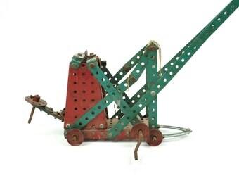 1950s Gilbert Erector Tower Crane Machine Science Toy Construction Building System Metal Vintage Car