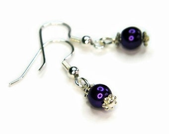 Pearl and Snowflake Earrings in Purple, Pearl Earrings, Purple Pearl Earrings, Purple Earrings, Pearl and Silver