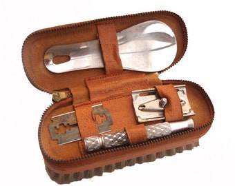 1960s Zipped Mens Vanity Set Gillette Razor Vintage Grooming