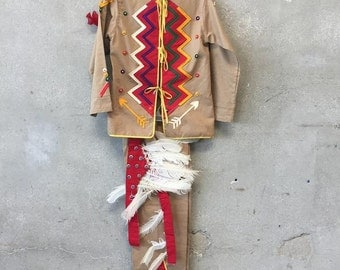 Native Boys Outfit (K94EPF)