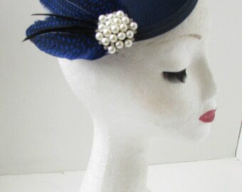 Navy Blue Black Pearl Feather Fascinator Hair Clip Headpiece Races Vintage A89