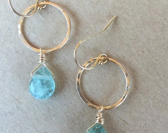 Small Hoops with Aquamarine (Gold)