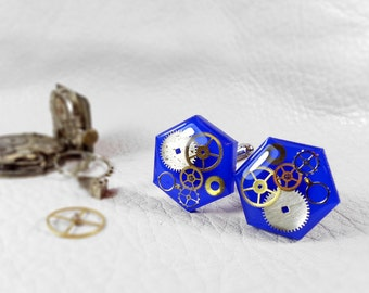 Electric blue cuff links Mens wedding gift party shirt cuff links, steampunk jewelry blue cufflinks, gears in resin cuffs, geek accesories