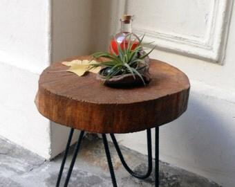 Wood coffee table, coffee table, table, oak, oak table, round table, round table